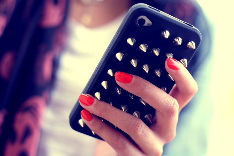 DIY Studded iPhone Case ♥