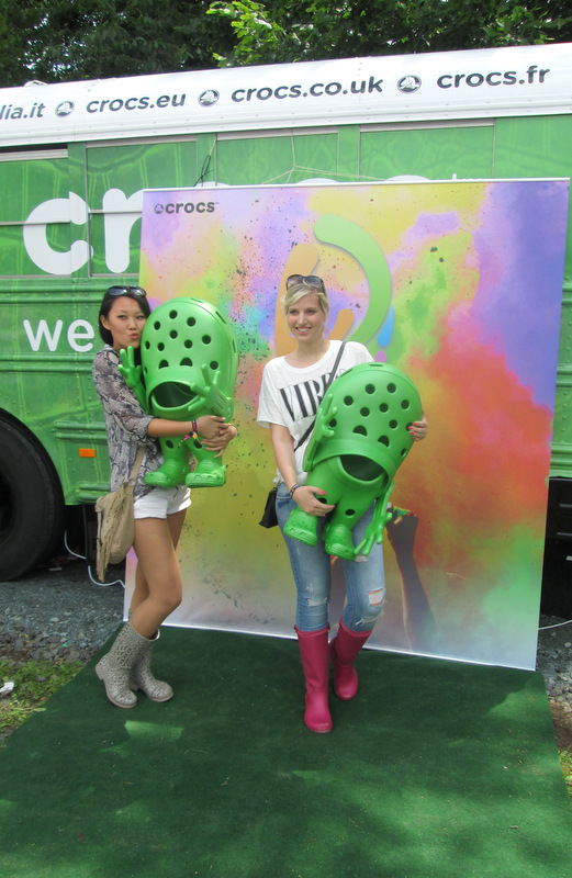 The Holi Outfit – Holi Festival Frankfurt with Crocs