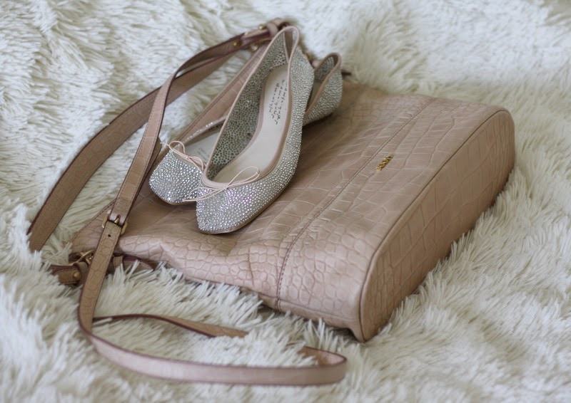New In. Glitter Ballerinas & pale pink Joop Bag