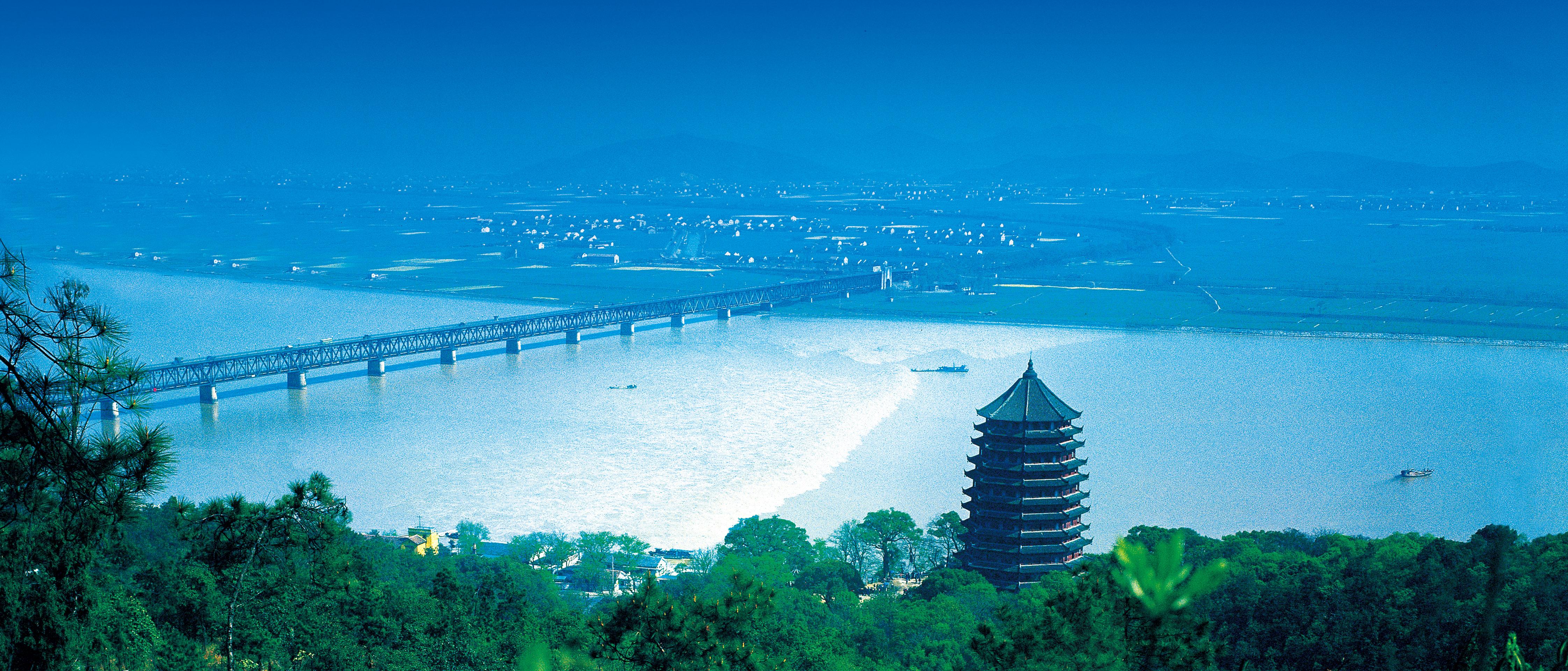 pagoda-of-six-harmonies-qiantang-river-tidesoaoaeioioe1uae%c2%a6%c2%b5%c2%a6%c6%92%c2%b5%c2%a2