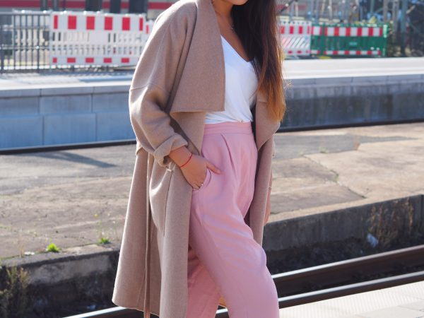 Outfit: Haremshose.