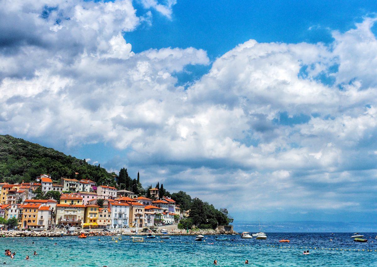 Tagesausflug: Sonnen am Strand Sipar bei Opatija & Dinner in Rijeka