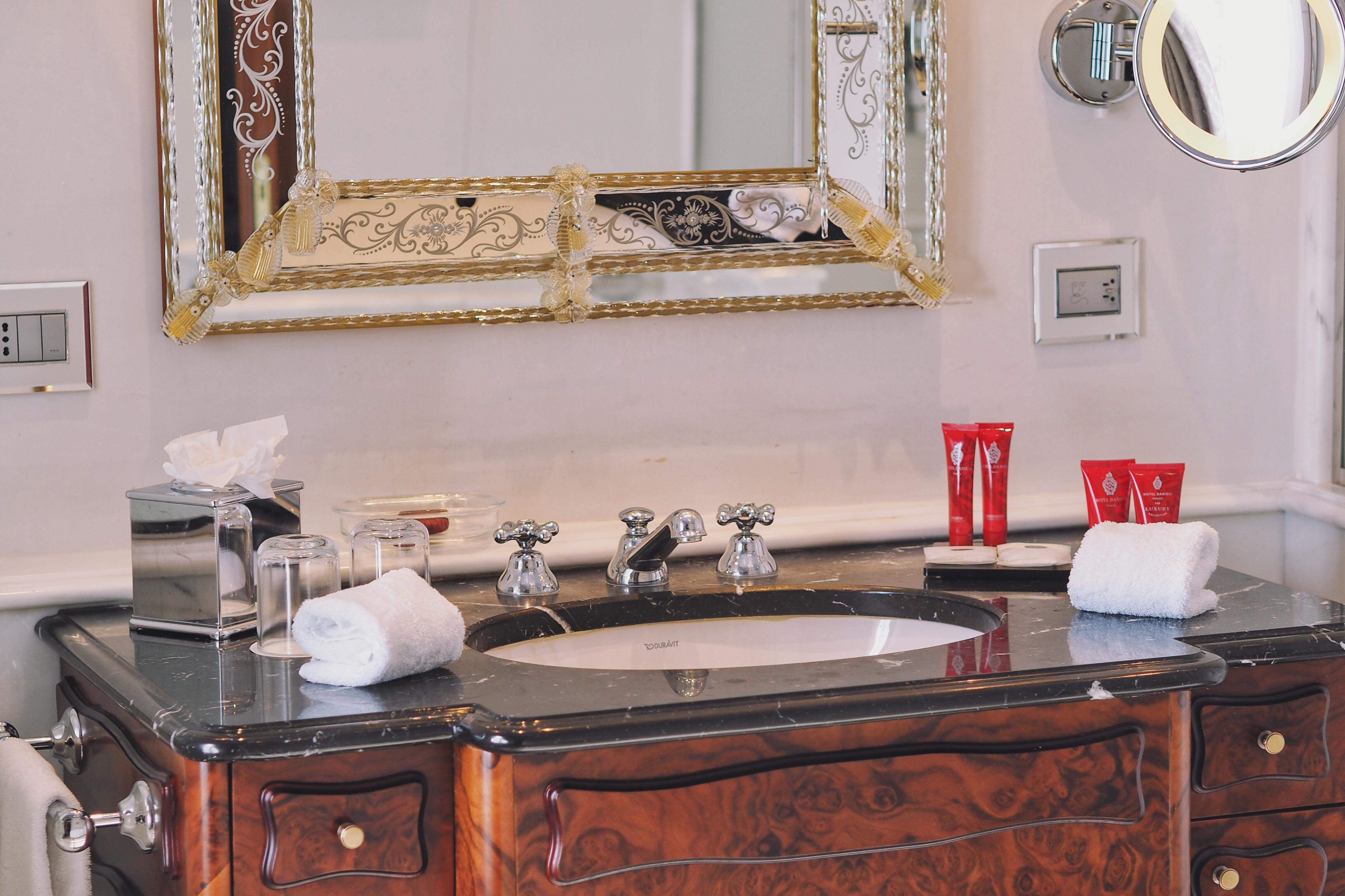 Großartig China Küche Marmor Fällt Galerie - Ideen Für Die Küche ...